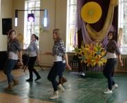"""Līnijdejotāji piedalās festivālā """"Carnikavas ritmi 2015"""""""