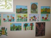 Krāsu virpulis skolēnu mākslas darbos.
